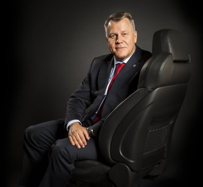 Dr. Beda Bolzenius, vice president and president, Johnson Controls Automotive Experience, will continue in his current role and take on the additional responsibility for leading the company's enterprise activities for Asia Pacific. (PRNewsFoto/Johnson Controls)