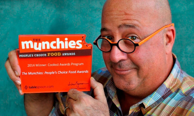 The votes are in! Bizarre Foods America host Andrew Zimmern and General Mills announce the winners of third annual Munchies: People's Choice Food Awards. Tablespoon.com/themunchies.  (PRNewsFoto/General Mills)