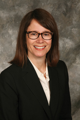 """Karen Erger, Lockton Director of Practice Risk Management and author of a new white paper The New Missouri """"Peer Review"""" Law and What it Means for Design Professionals.  (PRNewsFoto/Lockton)"""