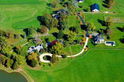 Auction April 26th of 140-ac Virginia Ranch by Concierge Auctions HorsefieldsAuction.com.  (PRNewsFoto/Concierge Auctions)