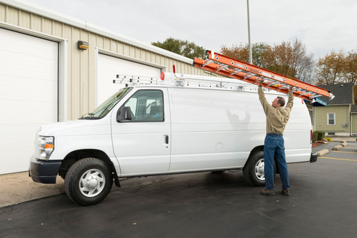 Werner Lightweight Performance Extension Ladders. (PRNewsFoto/WernerCo) (PRNewsFoto/WERNERCO)
