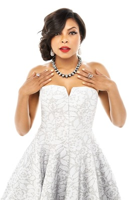 2014 American Gem Trade Association Spectrum Awards(TM) jewelry worn by Taraji P. Henson. Pearl drop earrings by Baggins, Inc., The Octopus Pearl necklace by Hector Hassey, Aurora lavender Sapphire ring by CvB Designs and violet Spinel ring by My Goldsmith, Ltd. Pale blue, strapless lace dress by Halston (available at Saks Fifth Avenue). Photo by Brian Bowen Smith. Styled by Tod Hallman.