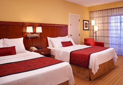 The Courtyard Indianapolis Carmel is helping every guest this holiday season with a special package that is sure to please. Deck the Malls Package which includes deluxe accommodations and free high-speed Internet as well as a $50 gift card to stretch visitors shopping dollars. For information, visit www.marriott.com/INDCM or call 1-317-571-1110. (PRNewsFoto/Courtyard Indianapolis Carmel) (PRNewsFoto/COURTYARD INDIANAPOLIS CARMEL)