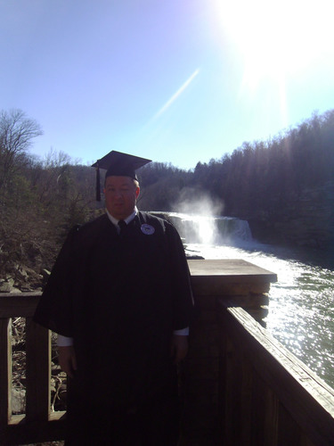 Legally Blind Father Sets Sights on College Graduation
