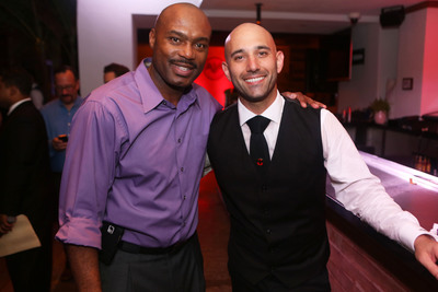 Former Miami Heat player and NBA legend, Tim Hardaway chose Nick Nistico's Garden Gimlet during people's choice voting.  (PRNewsFoto/United States Bartenders' Guild (USBG))