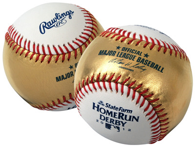 "Rawlings Sporting Goods and Gold Sport Collectibles' 24-karat gold leather-infused ""money ball"" for the 2012 State Farm Home Run Derby at Kauffman Stadium in Kansas City, Monday, July 9, at 8:00 p.m. ET/7:00 p.m. CT live on ESPN.  (PRNewsFoto/Rawlings)"