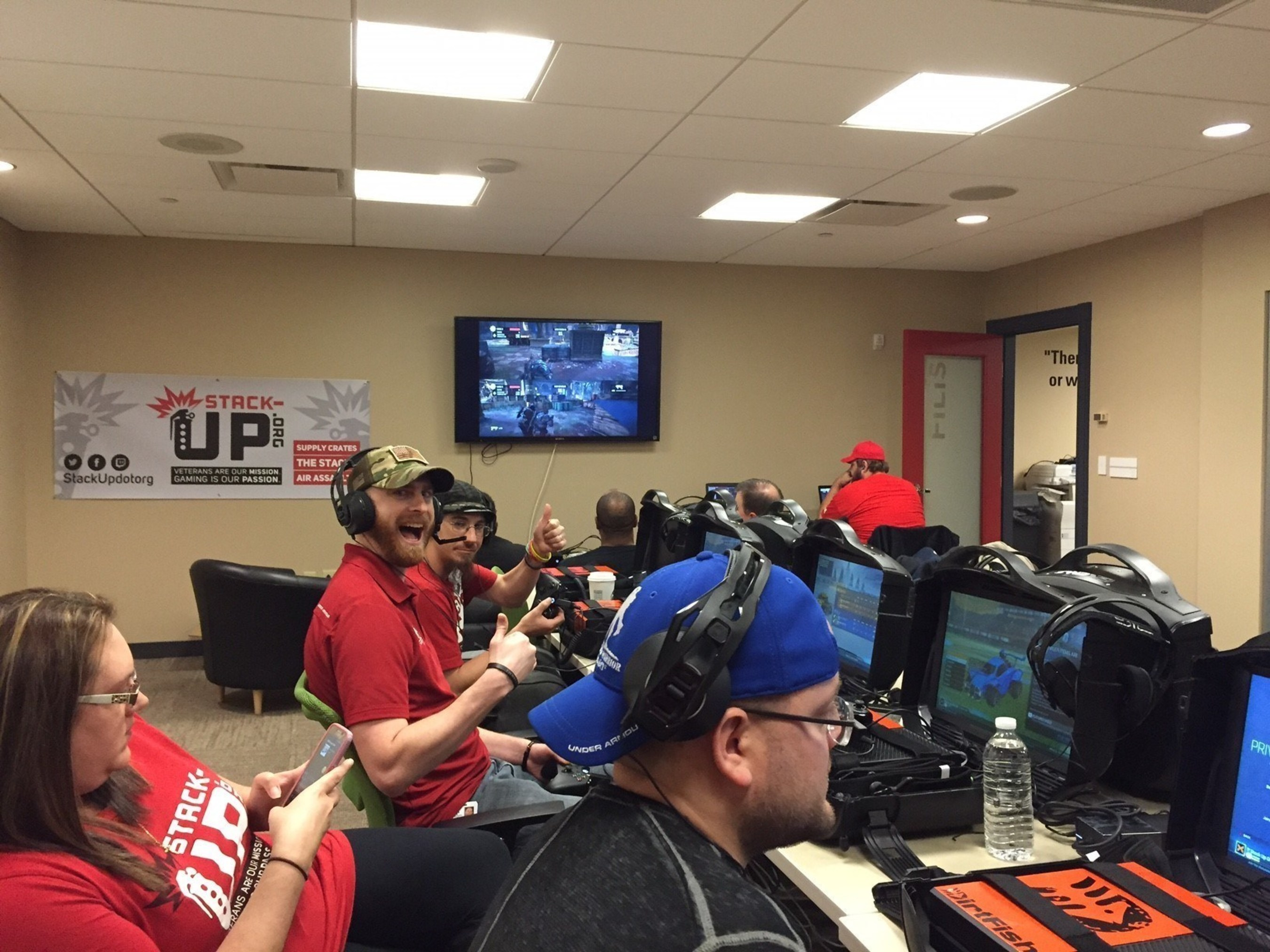 Wounded Warrior Project Brings Veterans Together for Night of Gaming