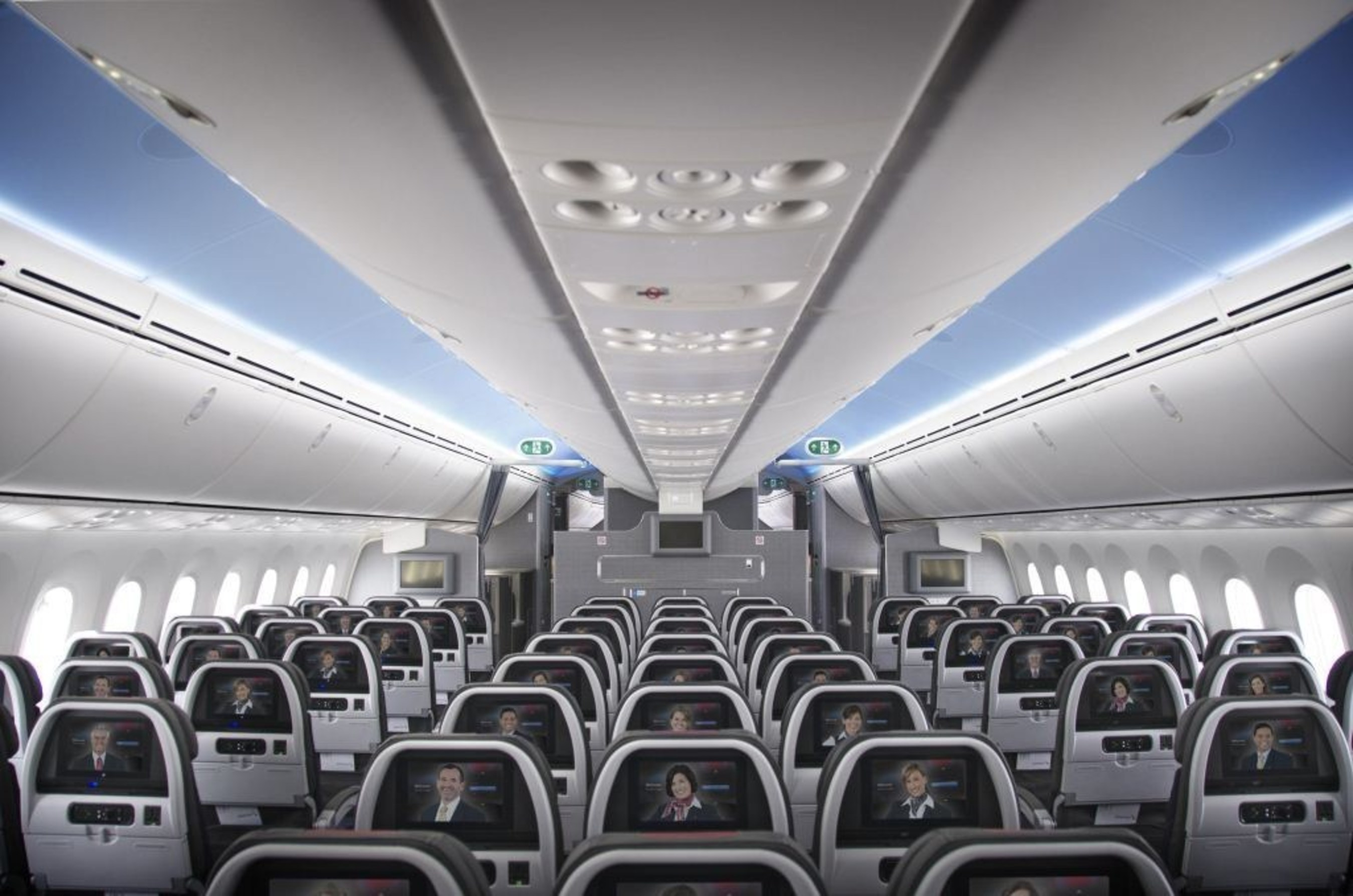 AMERICAN AIRLINES 787 MAIN CABIN