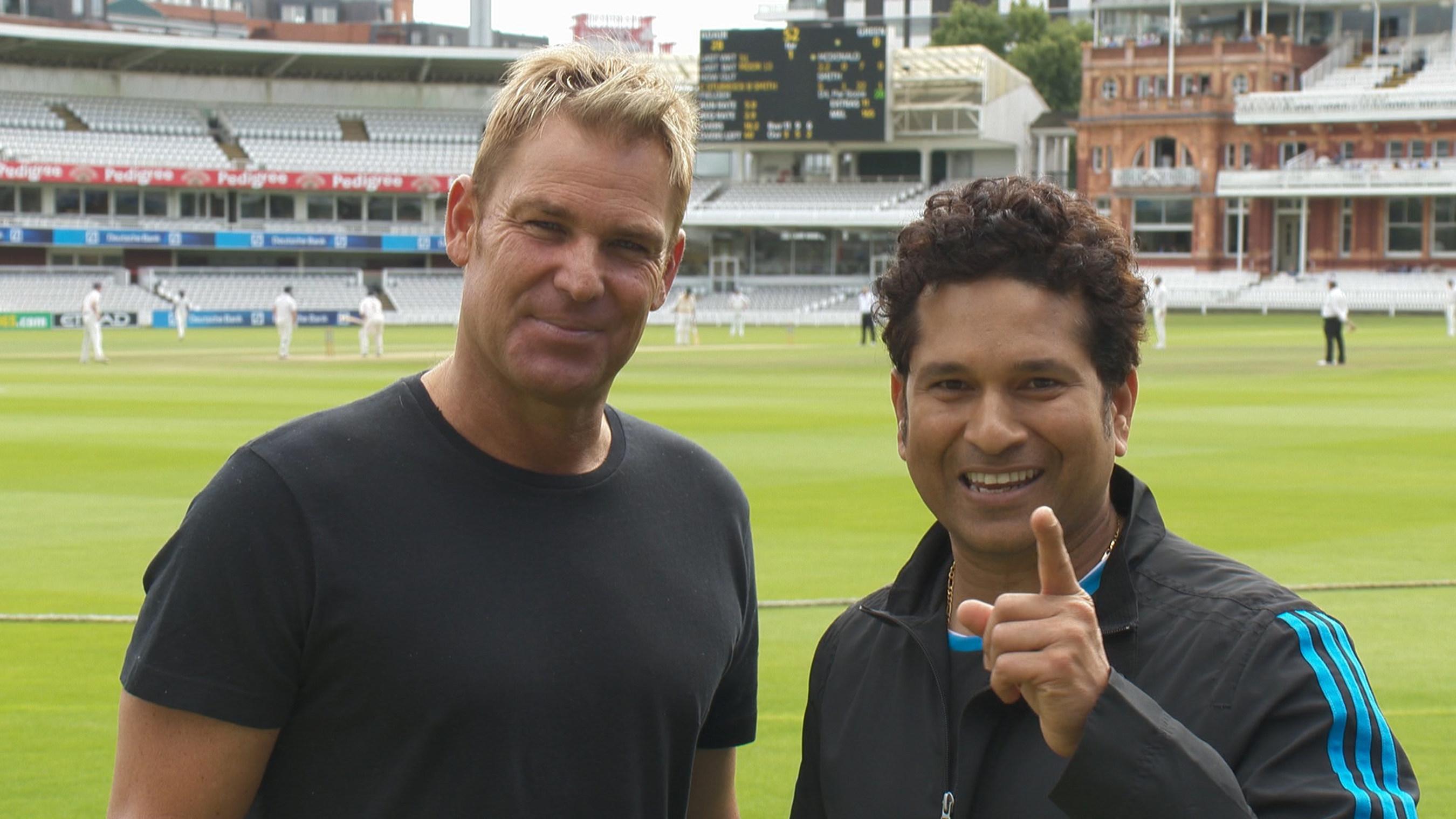 Shane Warne (left) and Sachin Tendulkar (right)