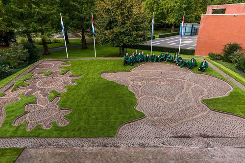 Keukenhof kicks off Van Goghâeuro(TM)s theme year of selfportrait Van Gogh planted in bulbs ...