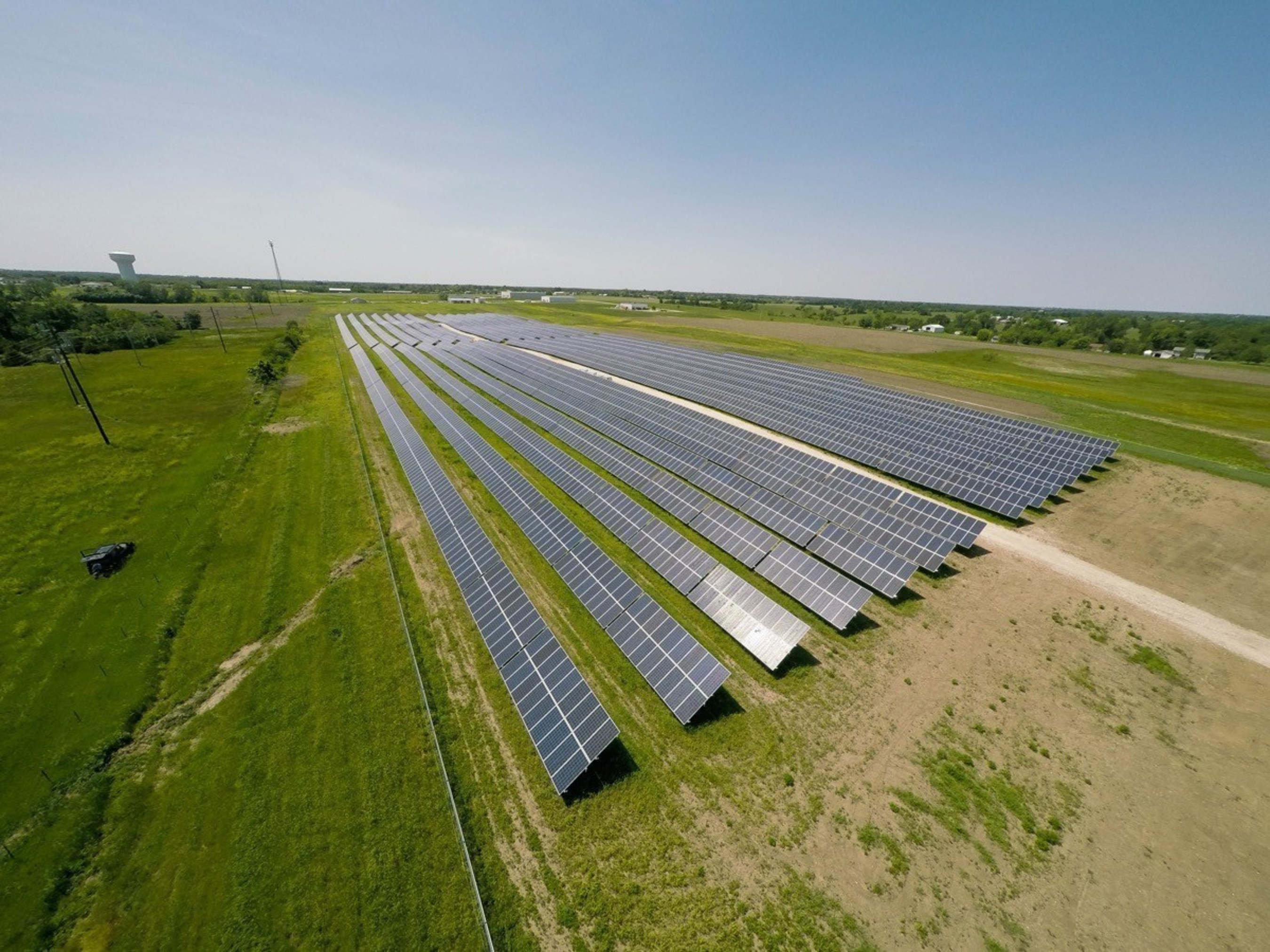 The Macon Missouri solar farm is comprised of more than 10,800 solar panels and 30 miles of wiring.