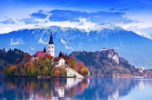 A beautiful castle of Slovenia is currently in need for a caretaker dog with an owner. A reward of EUR 100 000 guaranteed! (PRNewsFoto/petsdialog.com)