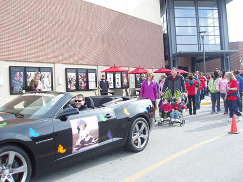 Bill Jacobs Kia and the Auto Group participate in the March of Dimes' walk in April.  (PRNewsFoto/Bill Jacobs Kia)