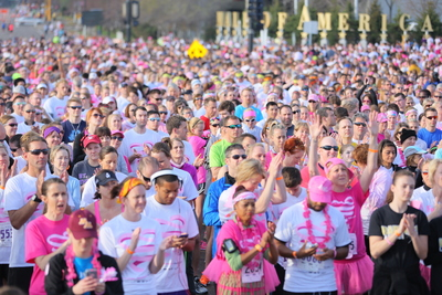 50,000 pink warriors walked the 22nd annual Susan G. Komen's Race for the Cure at Mall of America on Mother's Day. (PRNewsFoto/Mall of America)