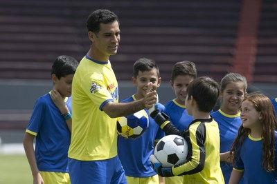 Nestle Nesquik partners with Rafa Marquez, international soccer star and father of three, on a video to inspire kids to live out their greatest dreams.
