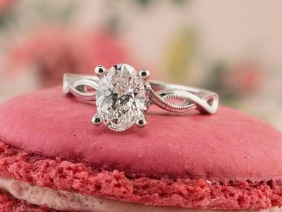 Shane Co. Oval Diamond Engagement Ring - Seven Engagement Rings for Christmas 2016