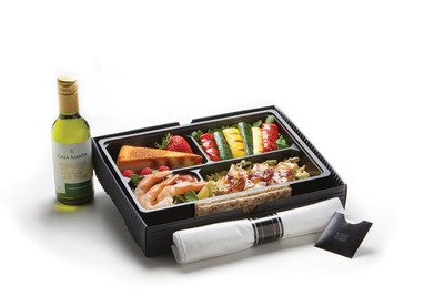 Treat yourself when flying internationally and enjoy DineFresh, US Airways' new main cabin premium meal option to Europe, the Middle East and South America. Choices include a protein meal consisting of citrus-marinated chicken skewers, seasonal grilled vegetables, classic shrimp cocktail and creme brulee cheesecake for dessert.