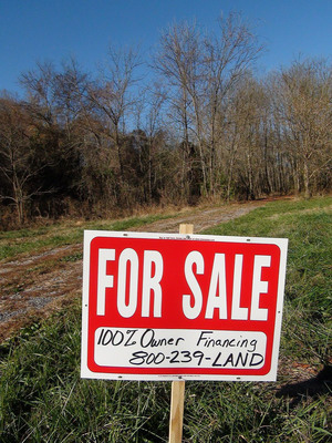 Rural land in Tennessee with 100% Owner Financing is a popular choice for many Americans.  800-239-LAND.  (PRNewsFoto/Country Places)
