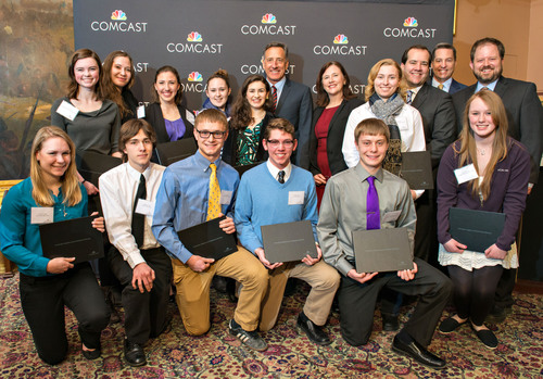 2014 Vermont Leaders and Achievers(R) Scholarship Recipients with Governor Shumlin, March 21, 2014.  (PRNewsFoto/Comcast Cable)