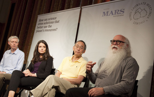 The Mars-hosted panel discussion focused on the role of science in tackling global resource challenges. It featured the views of Howard-Yana Shapiro, Chief Agricultural Officer at Mars, Incorporated (Right); Steven Chu, Physics Nobel Laureate (Centre Right), and Christina Heroven, a Biochemistry Masters student from the Freie Universitat Berlin (Centre Left). The panel was moderated by Adam Smith, the Editorial Director of Nobel Media (Left).  (PRNewsFoto/Mars, Incorporated)