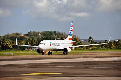 American Airlines (c) Germain Gerard. (PRNewsFoto/Martinique Promotion Bureau)
