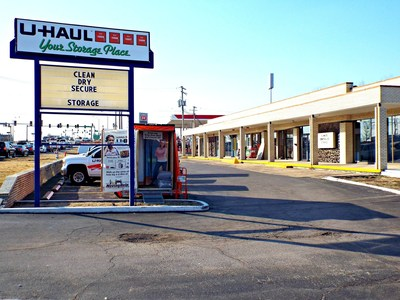 U-Haul Opens its First Store in Missouri Capital