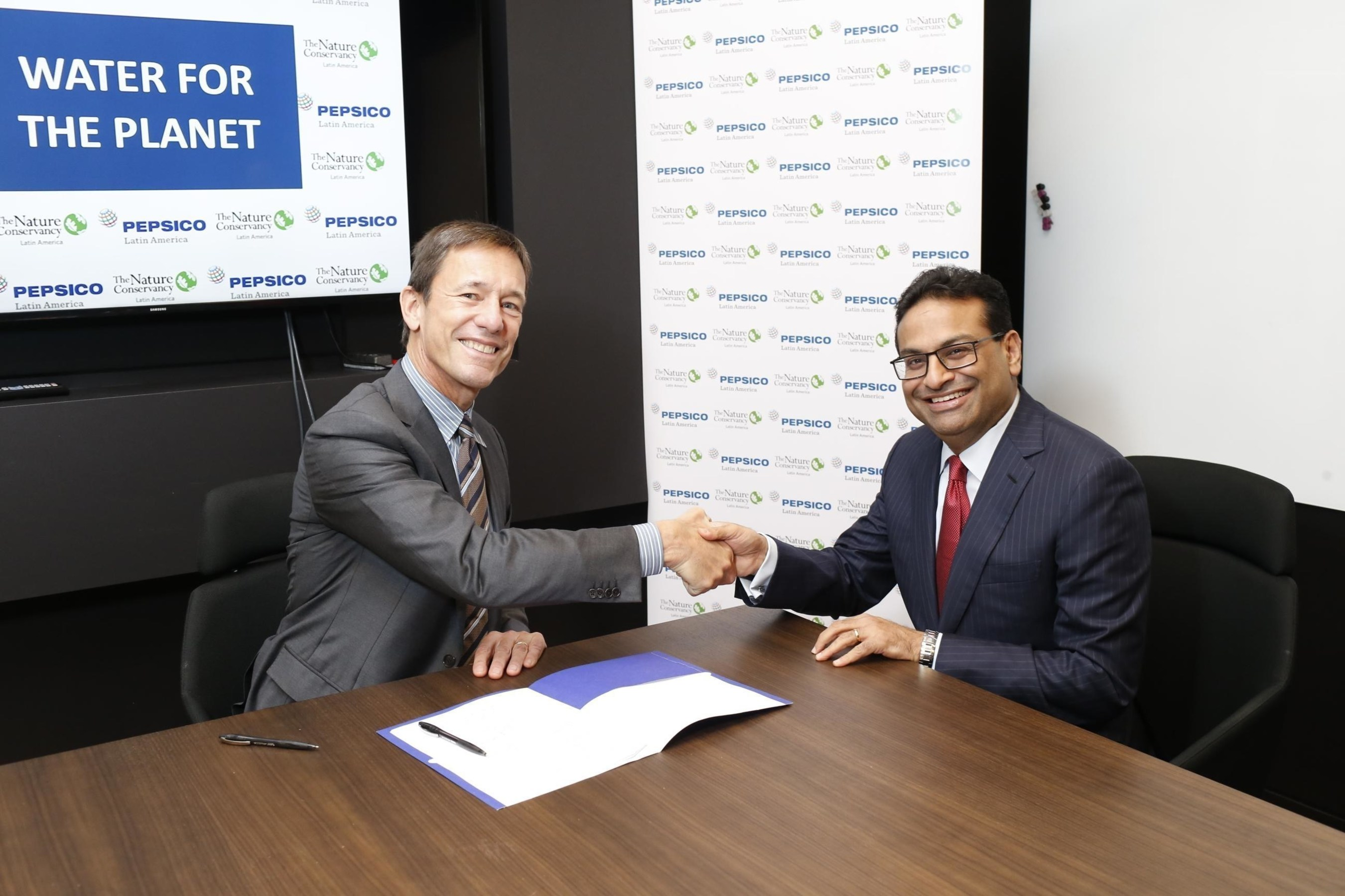 PepsiCo Latin America CEO Laxman Narasimhan and The Nature Conservancy President and CEO Mark Tercek announce a new collaboration for water replenishment in Latin America