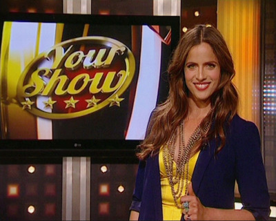 "Social Studios Unveils ""Your Show"" - Turns Your Facebook Newsfeed into a TV Show Hosted by Actress and Producer, Noa Tishby.  (PRNewsFoto/Social Studios)"