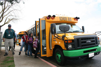 The new all-electric bus is expected to save Kings Canyon Unified School District over $10,000 a year in fuel and maintenance costs, while also eliminating student exposure to particulate air emissions. The new bus is powered by Motiv Power Systems. (PRNewsFoto/Motiv Power Systems) (PRNewsFoto/MOTIV POWER SYSTEMS)