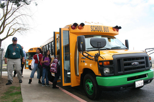 The new all-electric bus is expected to save Kings Canyon Unified School District over $10,000 a year in fuel and maintenance costs, while also eliminating student exposure to particulate air emissions. The new bus is powered by Motiv Power Systems.  (PRNewsFoto/Motiv Power Systems)