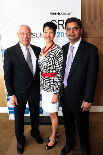Keynote speaker General Colin Powell, USA (Ret.) with Shellye Archambeau, CEO, MetricStream and Gunjan Sinha, Executive Chairman, MetricStream.  (PRNewsFoto/MetricStream)