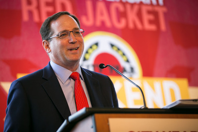 City Year, a national nonprofit organization that mobilizes young adults to serve as full time tutors, mentors and role models in many of the nation's highest need urban schools, announced today that Jonathan Lavine has been elected Chair of City Year's national Board of Trustees. (PRNewsFoto/City Year) (PRNewsFoto/CITY YEAR)