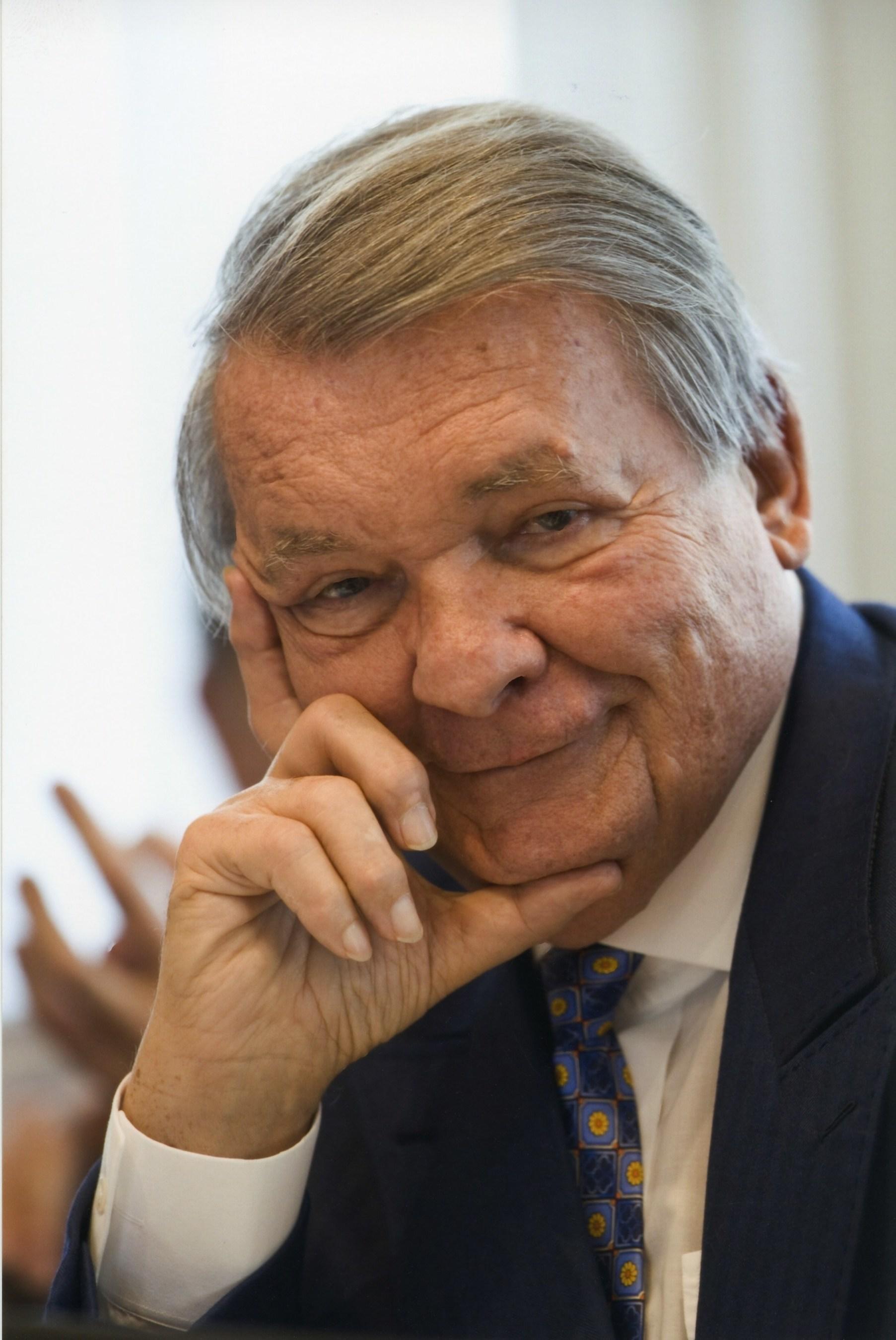 The Capgemini Group loses its founder, Serge Kampf (1934-2016)