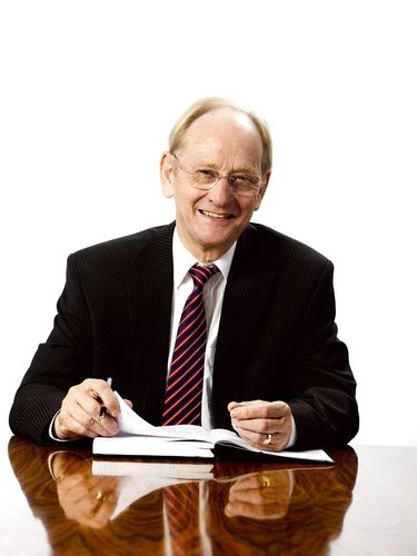 Sir David McMurtry, Renishaw (PRNewsFoto/UBM Awards & Partnerships)