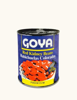 """Goya Foods colabora con el artista Dave Ortiz para celebrar la coleccion de arte pop """"La Serie Goya"""" y el aniversario 80 de Goya."""
