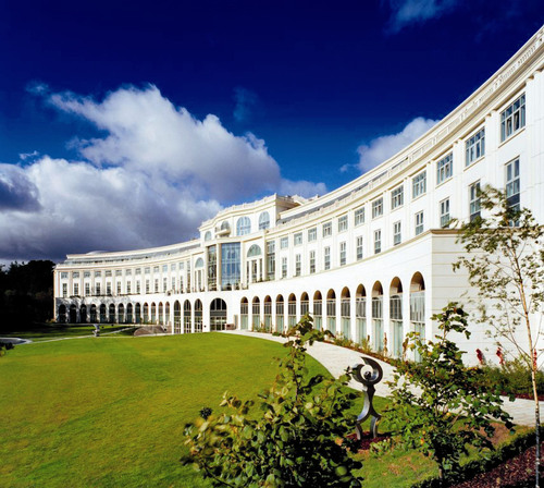 Autograph Collection Welcomes Majestic Powerscourt Hotel: Exclusive Portfolio of Passionately Independent Hotels Announces First Hotel in Ireland.  (PRNewsFoto/Autograph Collection Hotels)