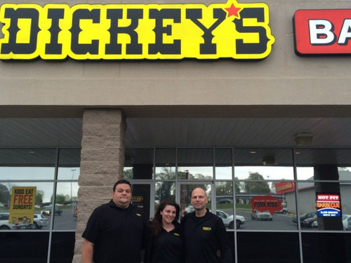 New Dickey's Barbecue in Gulfport hosts three-day party. (PRNewsFoto/Dickey's Barbecue Restaurants) ...