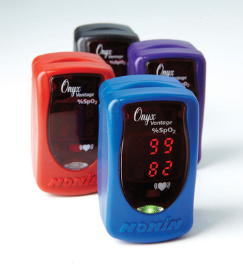"Nonin Medical's new Onyx Vantage professional finger pulse oximeter provides accuracy in the widest range of patients and settings for ""Accuracy you can act on.""  (PRNewsFoto/Nonin Medical, Inc.)"