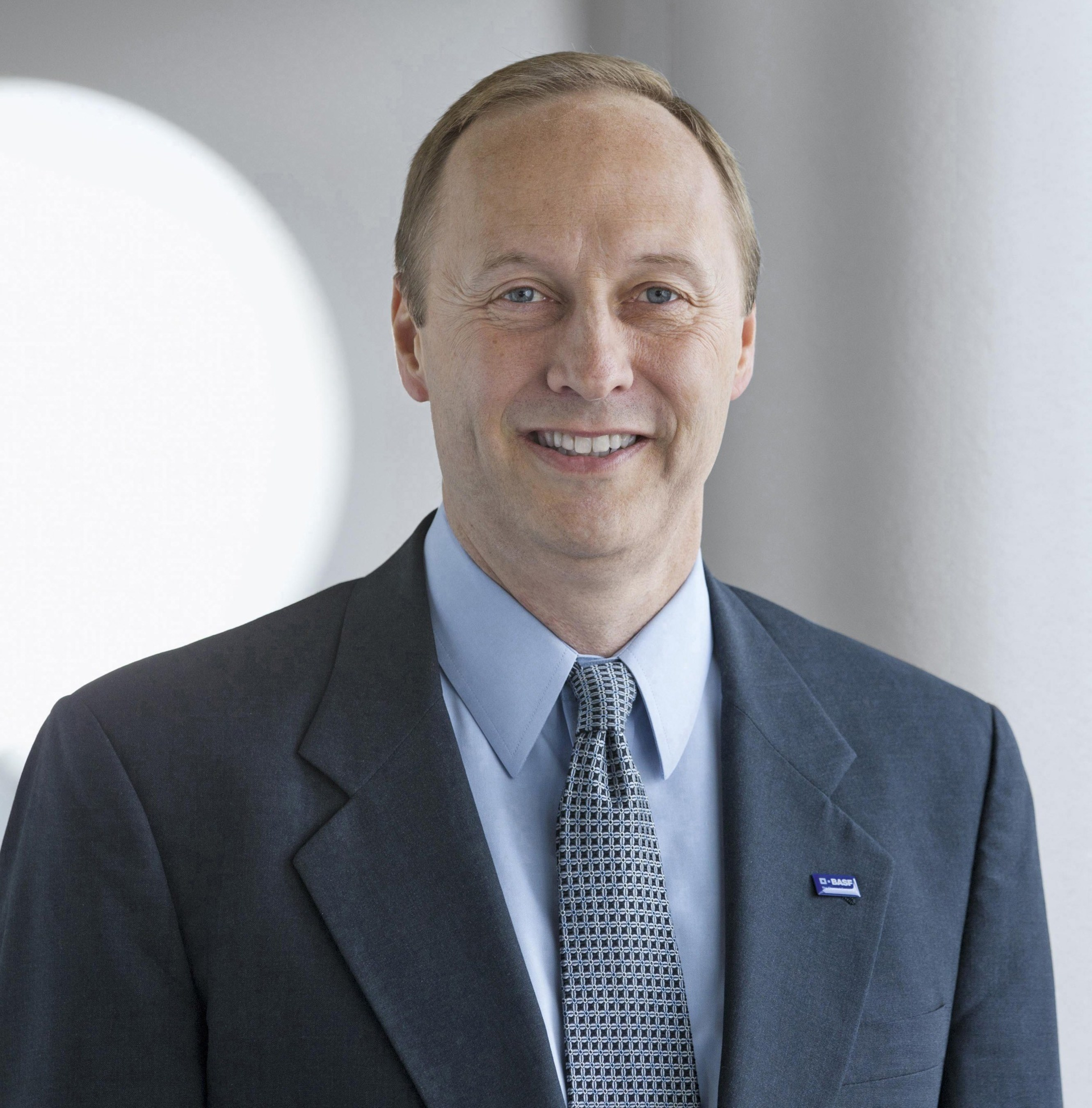 Wayne T  Smith is new Chairman and CEO of BASF Corporation