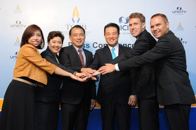 "Mr Nopparat Maythaveekulchai (third left), President of the Thailand Convention and Exhibition Bureau or TCEB, Mr Christopher Kim (third right), President of Asia Pacific, Unicity International Inc., and Ms Vichaya Soonthornsaratoon (second left), Director of Meetings Industry Department, TCEB. join forces to bring ""2014 Unicity Global Convention"" to Thailand. The event will be held in Bangkok from 15 to 18 October 2014 with 50,000 Unicity distributors worldwide."