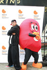 Nick Cannon Enjoys the Kidney Walk with Sidney the Kidney.  (PRNewsFoto/National Kidney Foundation)