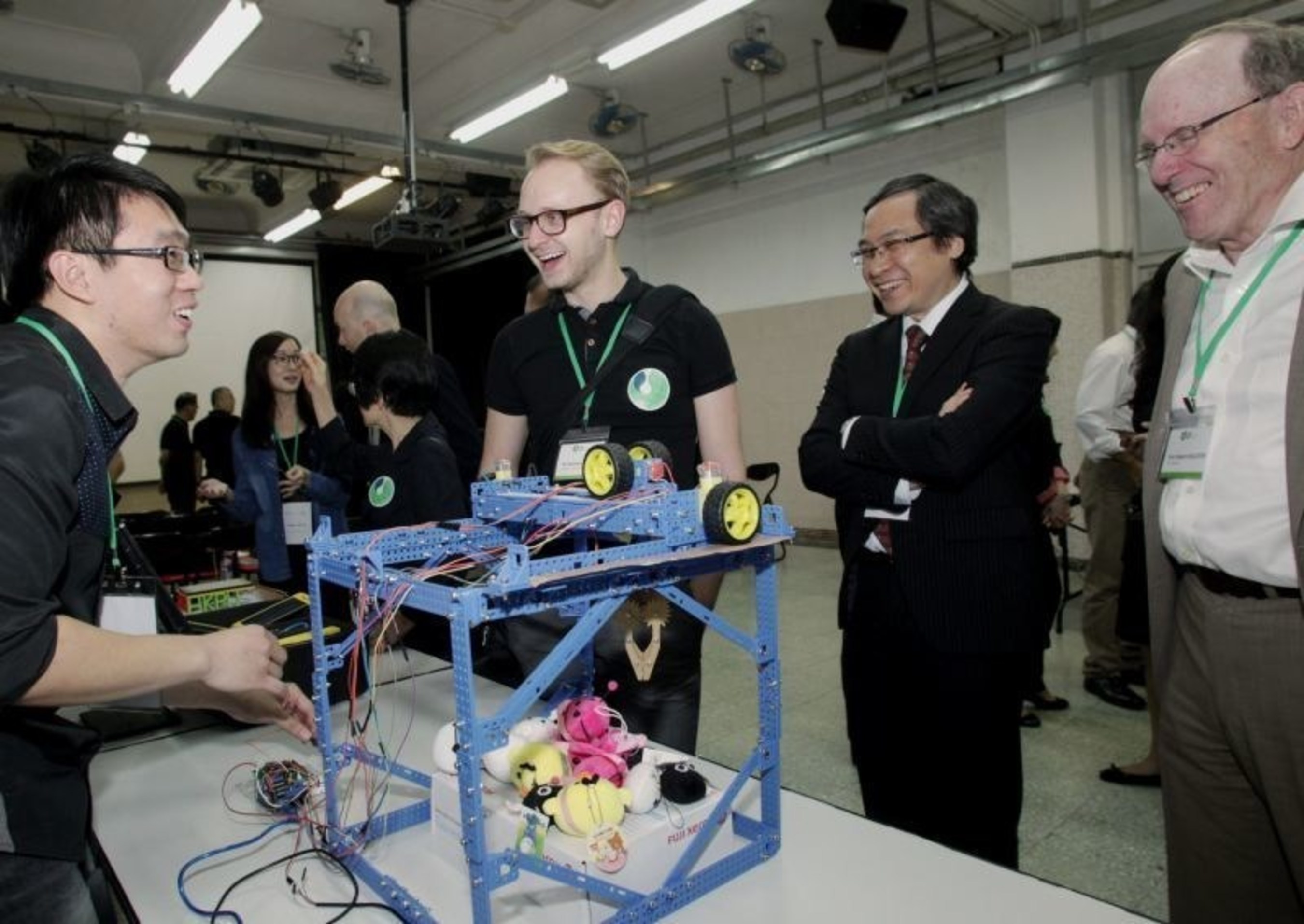 The Network delegates visited Aberdeen Technical School to understand the holistic education that PolyU provides to its students as a PolyU Service-Learning subject to collaborate with secondary schools in Hong Kong. (PRNewsFoto/The Hong Kong Polytechnic Univer) (PRNewsFoto/The Hong Kong Polytechnic Univer)