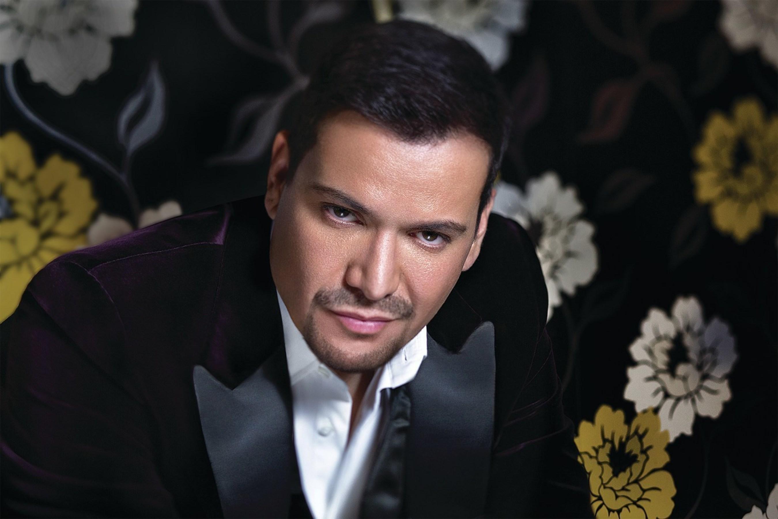 Victor Manuelle Nominated For 2016 Grammy Award