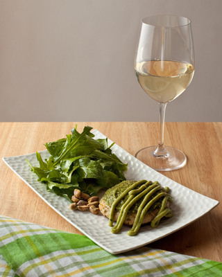 Concannon's Selected Vineyards Sauvignon Blanc and Pistachio Pesto Crab Cakes with Avocado Cream by Chef Diane Henderiks.  (PRNewsFoto/Concannon Vineyard)
