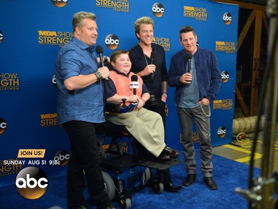 Country band Rascal Flatts hang out backstage with MDA Ambassador Bryson Foster, 14, at the 2014 MDA Show of Strength Telethon airing Sunday, Aug. 31 9|8c on ABC stations nationwide. The annual telethon raises funds and awareness to support the Muscular Dystrophy Association's mission to save and improve the lives of children and adults fighting muscle disease. (PRNewsFoto/Muscular Dystrophy Association)