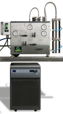 Apeks 1500-1L fully automated, closed loop benchtop CO2 extraction system.  (PRNewsFoto/Apeks)