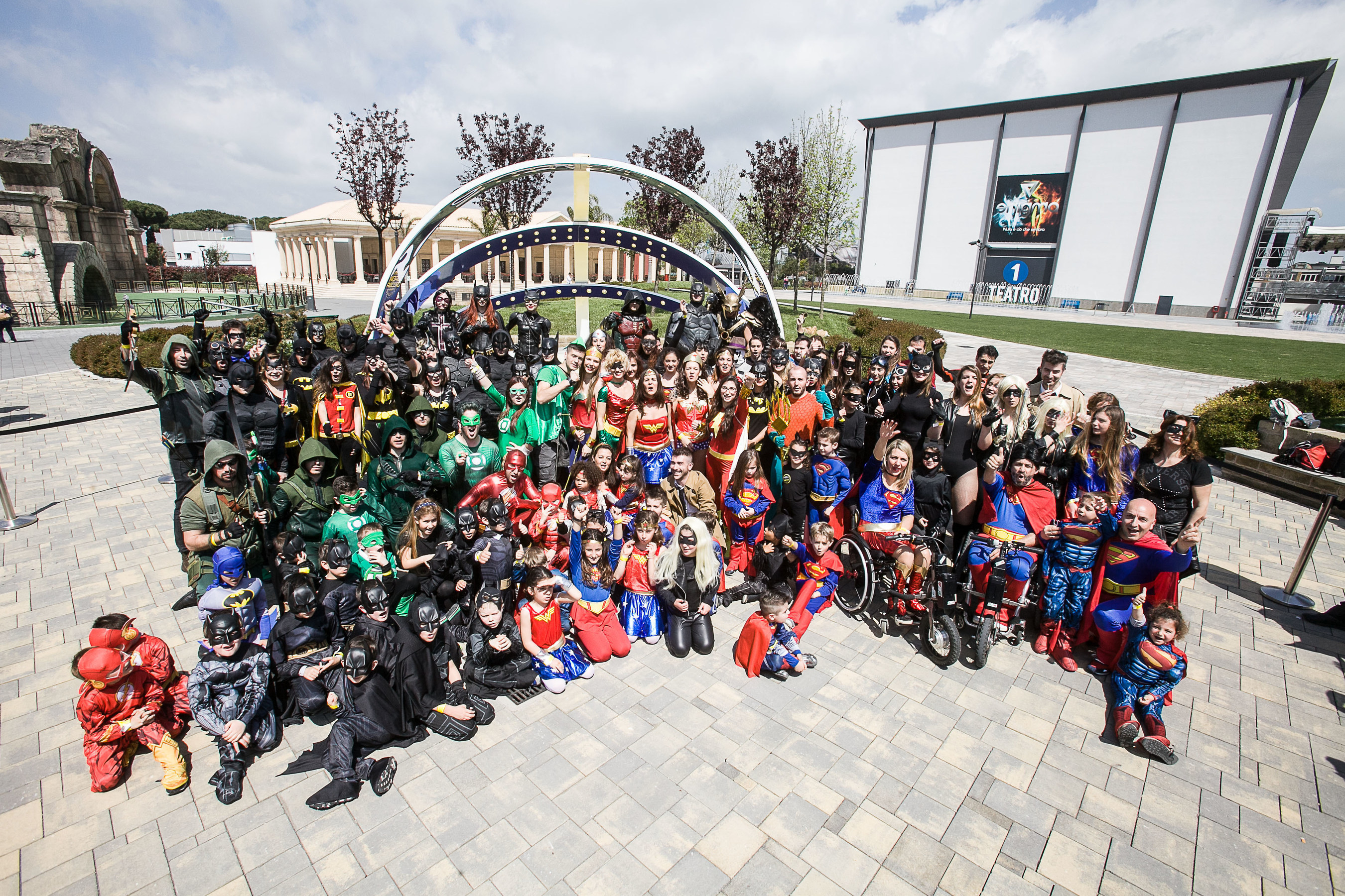 Fans dressed as DC Comics Super Heroes gather to set the Guinness World Record for most people dressed as DC ...