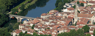 Saint-Antonin-Noble-Val (PRNewsFoto/Atout France)