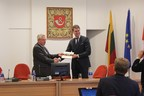 Lithuanian Free Market Institute President Zilvinas Silenas meeting the mayor of Taurage municipality in Lithuania.