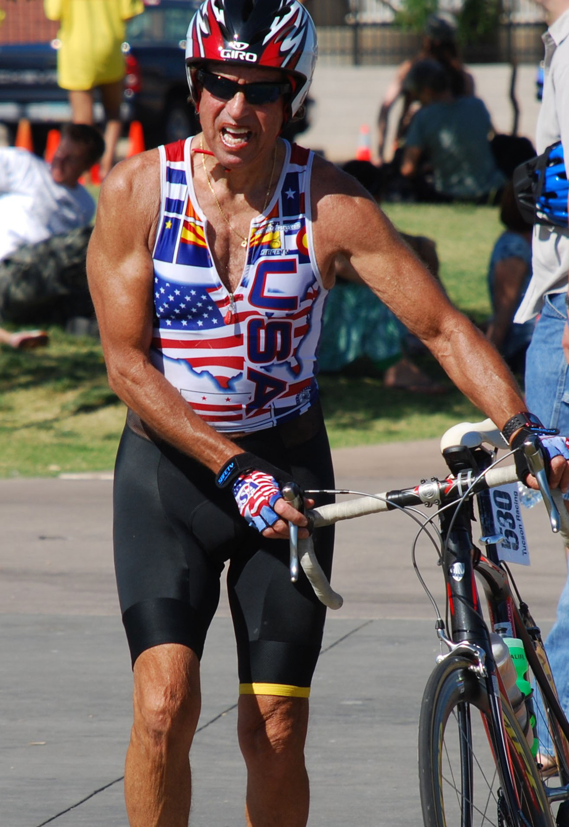 SynCardia Total Artificial Heart recipient Bill Wohl wins first place in the men's open relay at the 2007 Tempe, Arizona International Triathlon. Wohl received a donor heart transplant in February 2000 after 159 days of support on the SynCardia Heart. (PRNewsFoto/SynCardia Systems, Inc.)